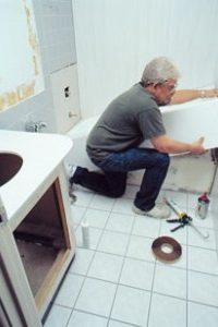 Монтаж на мебели за баня
